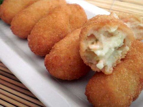 Chicken/mushroom croquettes catering