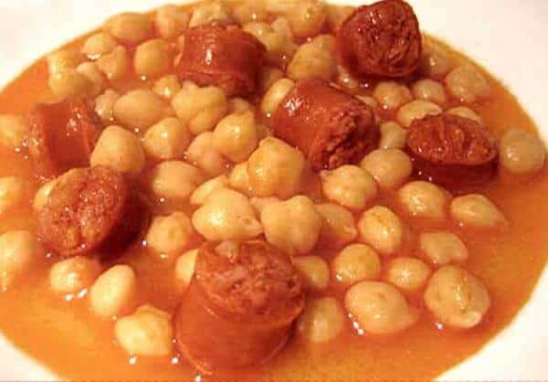 Garbanzos con Chorizo (garbanzo beans with chorizo)
