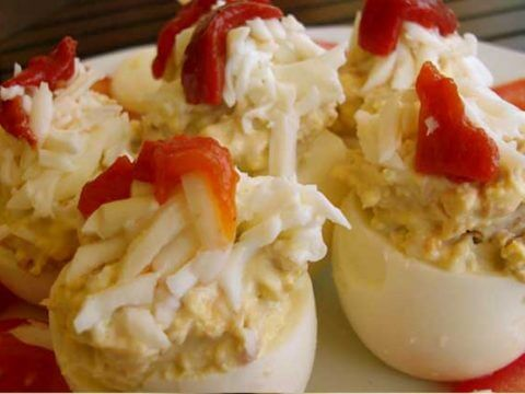 Stuffed eggs catering