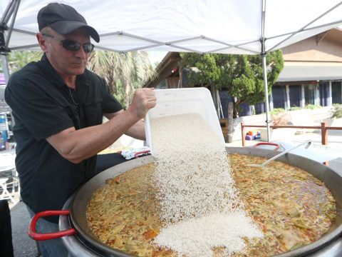 Juan from Real Paella Catering preparing Paella