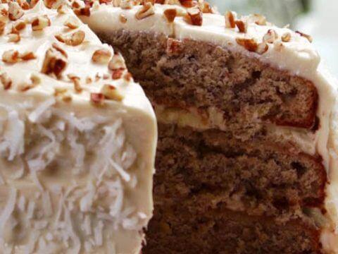 hummingbird cake dessert