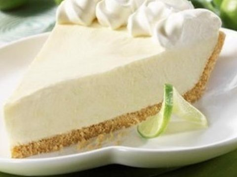 key lime pie dessert made by Real Paella Catering